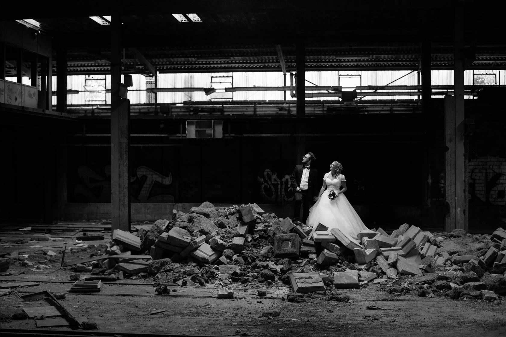 After Wedding Shoot Eileen und Christoph ungewöhnliche Hochzeitsfotos Alte Fabrik Raum Mannheim