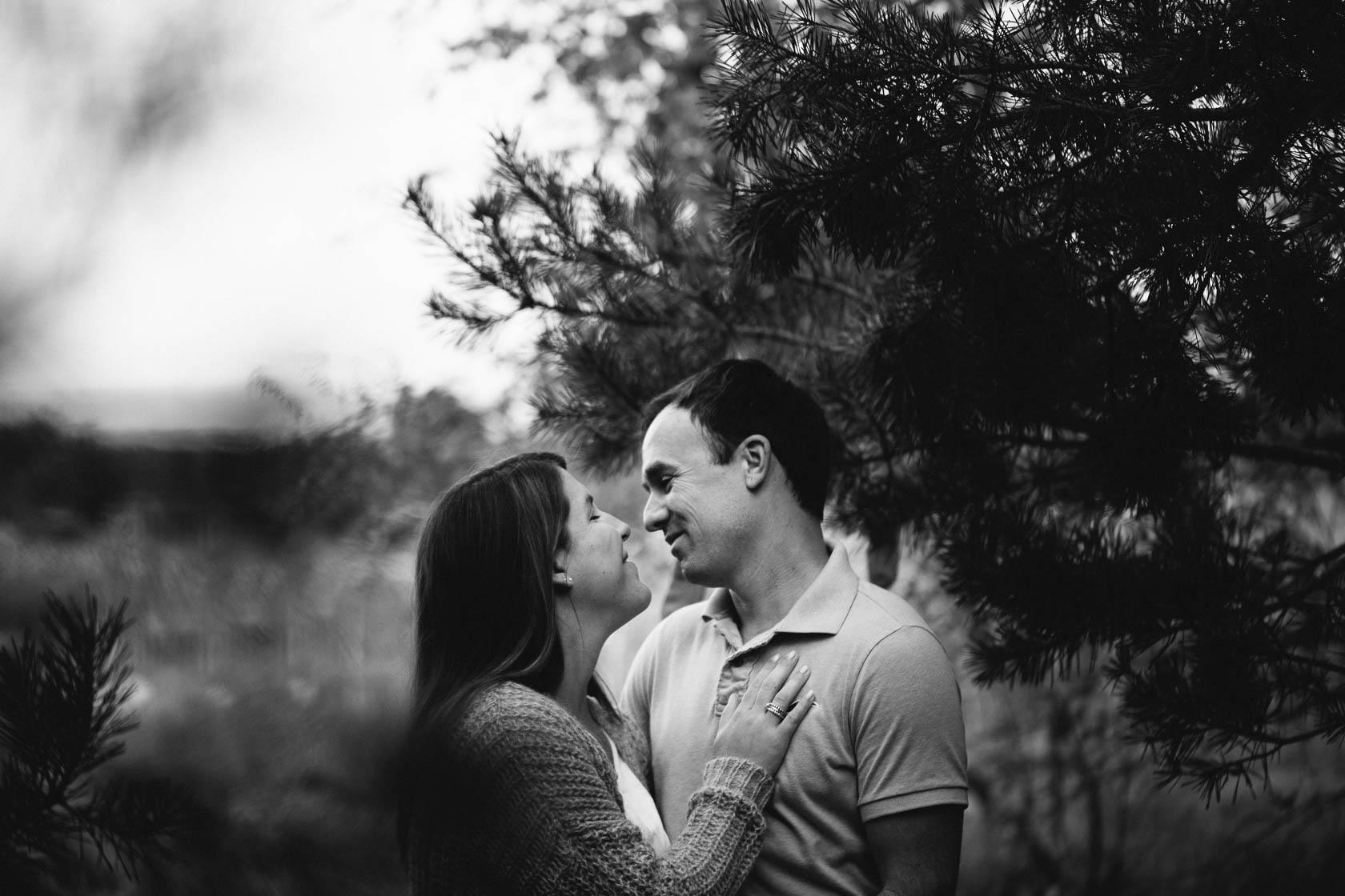 Paarportraits Paarfoto draußen in der Natur