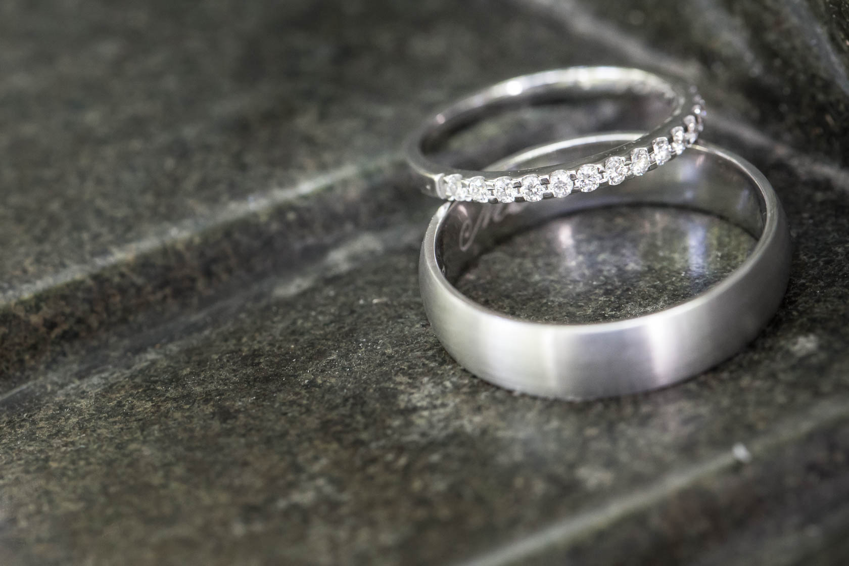 Detailfotos der Hochzeitsringe