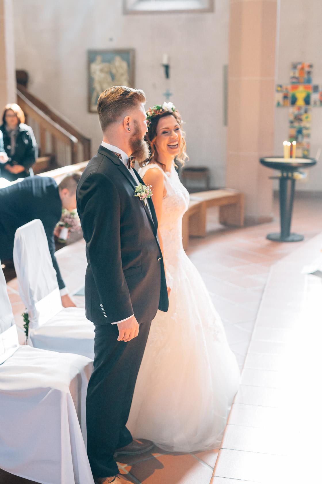 Boho Hochzeit in Waghaeusel Kirchliche Trauung in Wiesental
