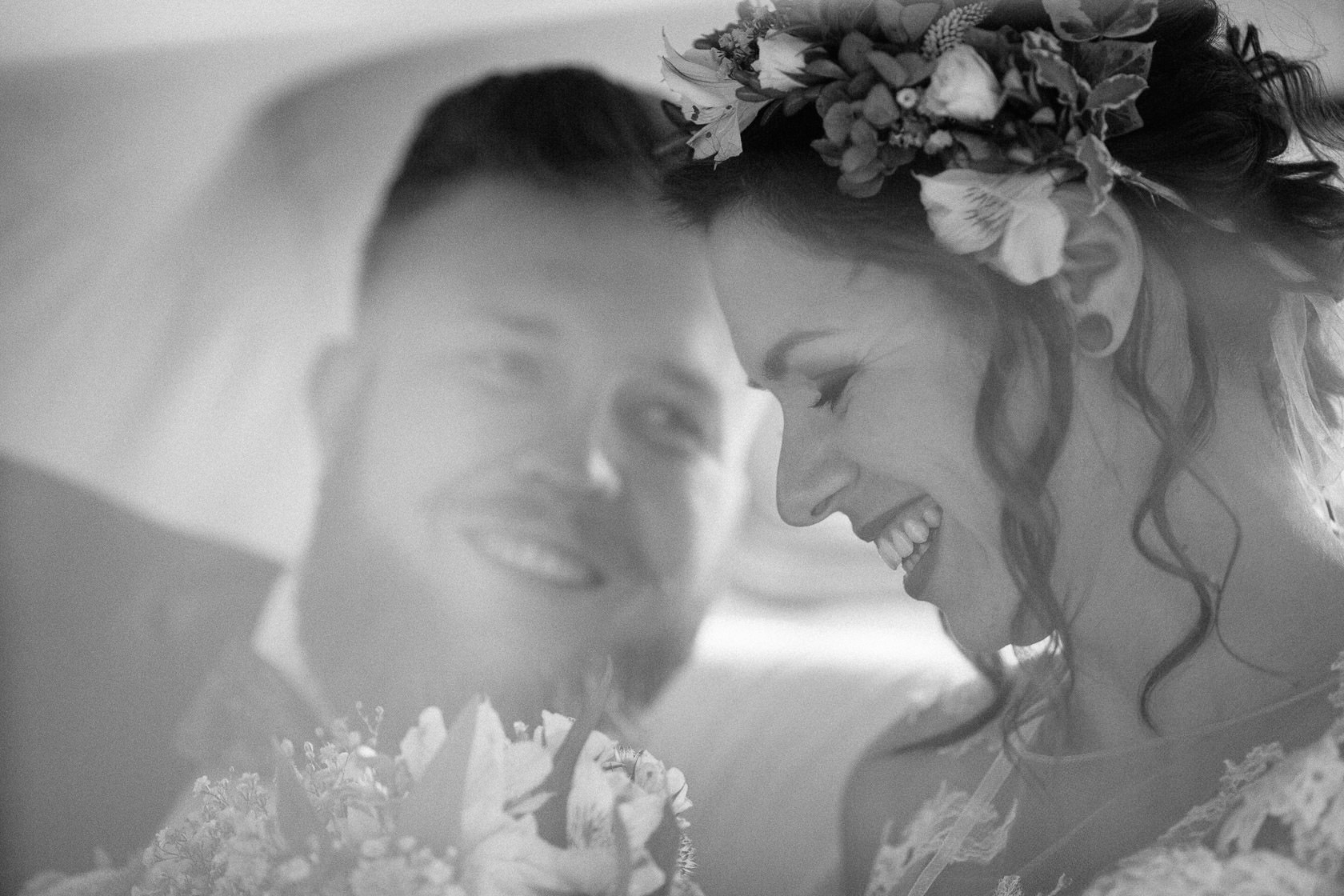 Boho Hochzeit in Waghaeusel Brautauto Mercedes Oldtimer