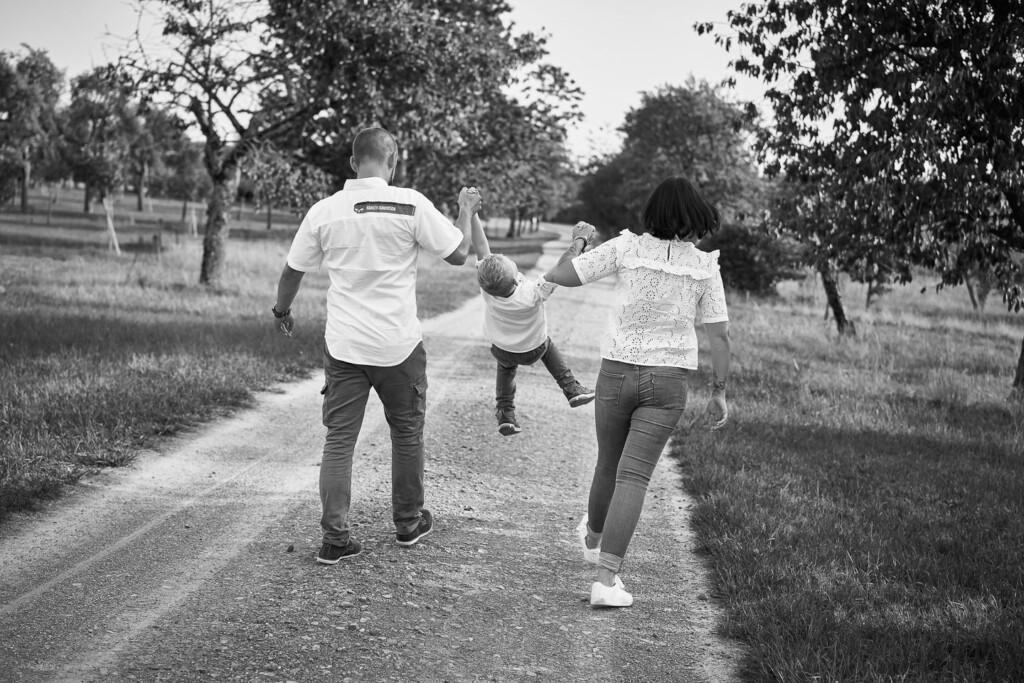 Familienfotografie Waghäusel Familienfotos im Spätsommer Familienfotografie Waghaeusel Familienfotos Spaetsommer 2
