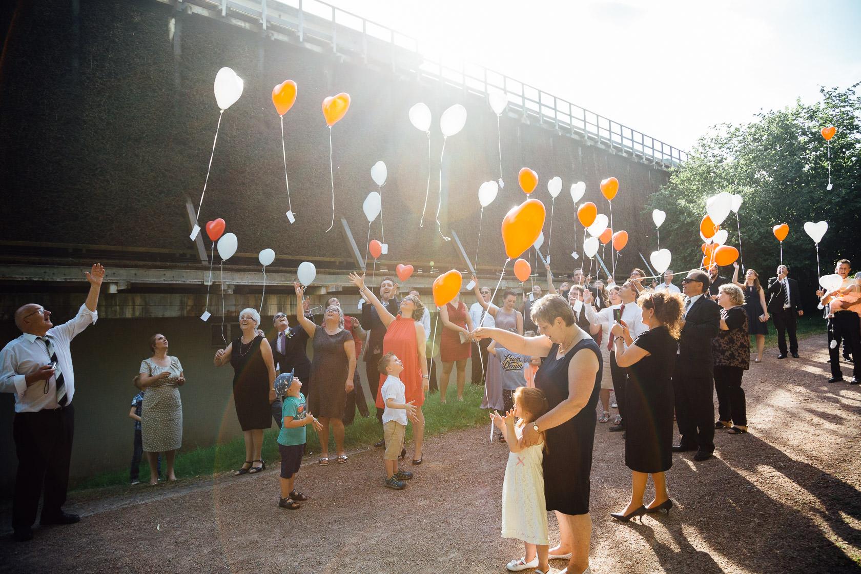 Momente der Hochzeitsfeier im Garten des Kurhaus Bad Münster