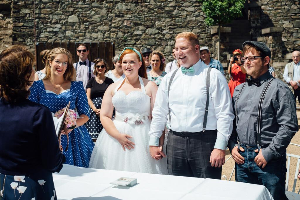 Hochzeitsfotograf Burg Rheinstein Polterhochzeit Bad Kreuznach Hochzeitsfotograf Burg Rheinstein Polterhochzeit Bad Kreuznach Kerstin Marcel 20