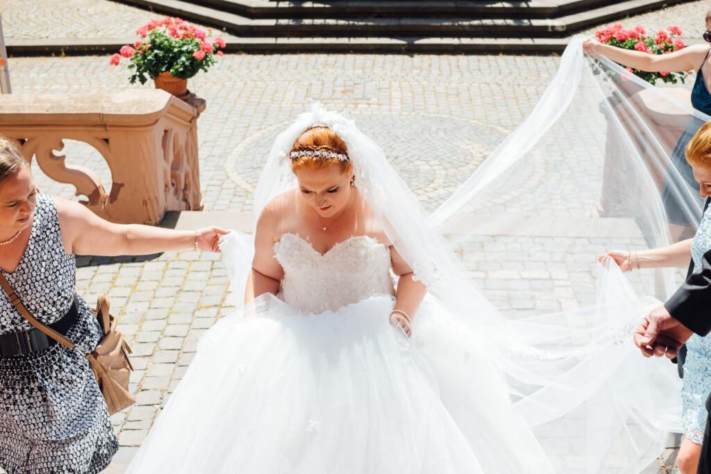 Hochzeitsfotograf Mainz Laubenheimer Höhe und Bingen Rochuskapelle Hochzeitsfotograf Mainz Laubenheimer Hoehe Kerstin Marcel Hochzeitsfotografie Bingen Rochuskappelle 15