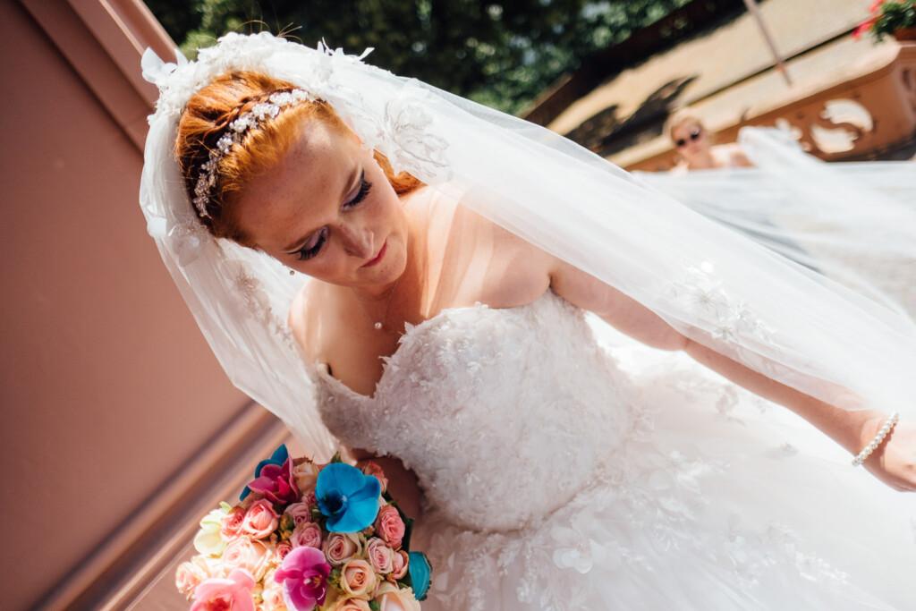 Hochzeitsfotograf Mainz Laubenheimer Höhe und Bingen Rochuskapelle Hochzeitsfotograf Mainz Laubenheimer Hoehe Kerstin Marcel Hochzeitsfotografie Bingen Rochuskappelle 16