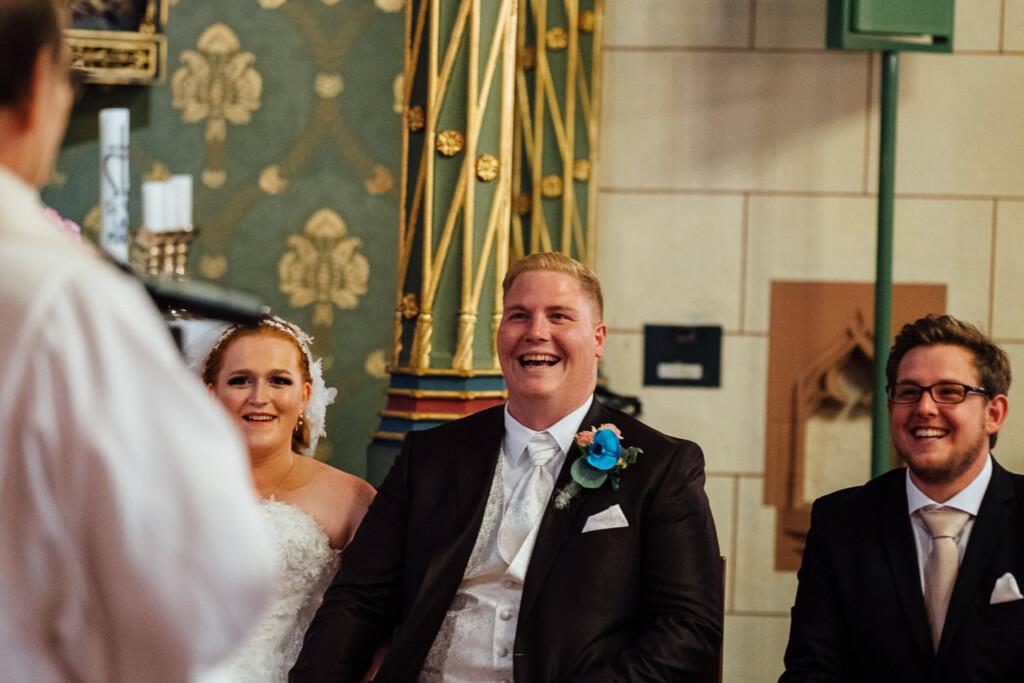 Hochzeitsfotograf Mainz Laubenheimer Höhe und Bingen Rochuskapelle Hochzeitsfotograf Mainz Laubenheimer Hoehe Kerstin Marcel Hochzeitsfotografie Bingen Rochuskappelle 20