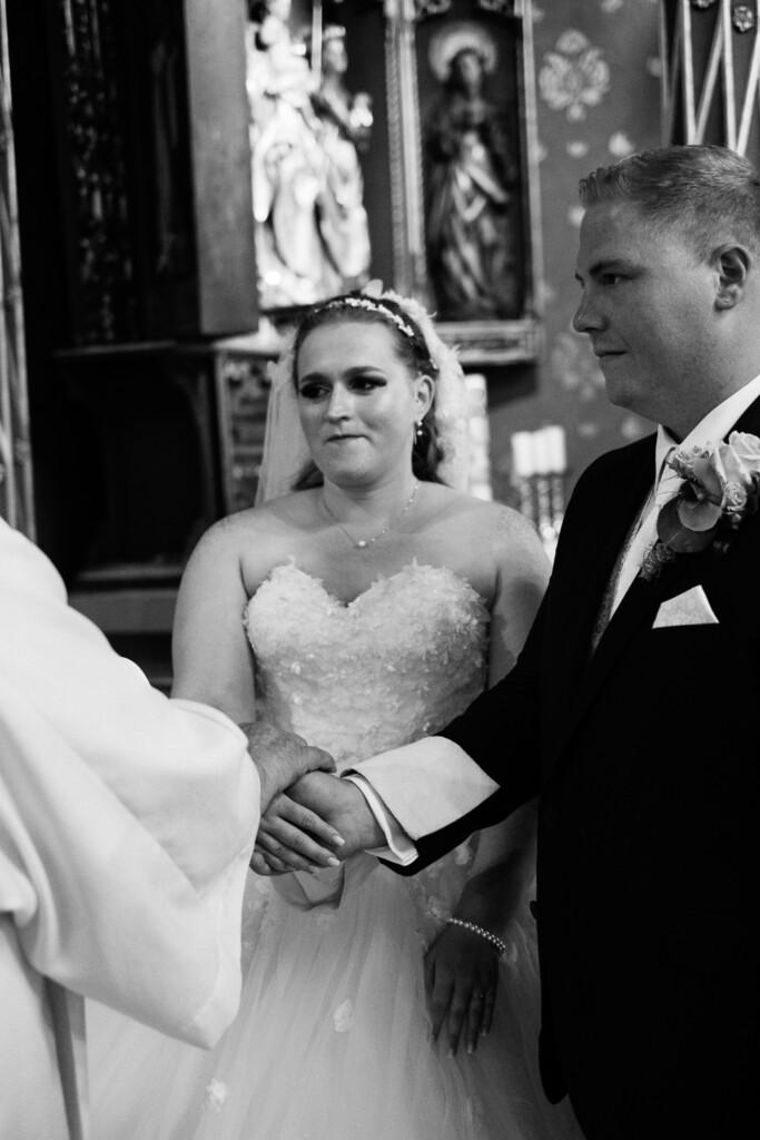 Hochzeitsfotograf Mainz Laubenheimer Höhe und Bingen Rochuskapelle Hochzeitsfotograf Mainz Laubenheimer Hoehe Kerstin Marcel Hochzeitsfotografie Bingen Rochuskappelle 31