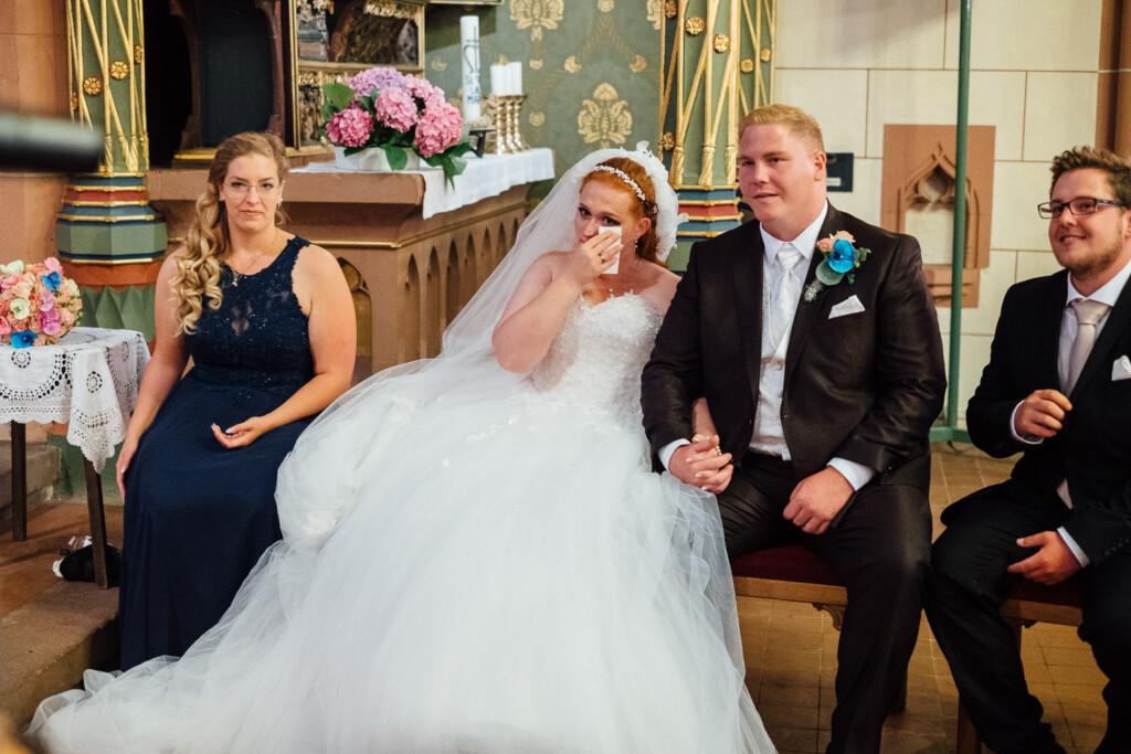 Hochzeitsfotograf Mainz Laubenheimer Höhe und Bingen Rochuskapelle Hochzeitsfotograf Mainz Laubenheimer Hoehe Kerstin Marcel Hochzeitsfotografie Bingen Rochuskappelle 34