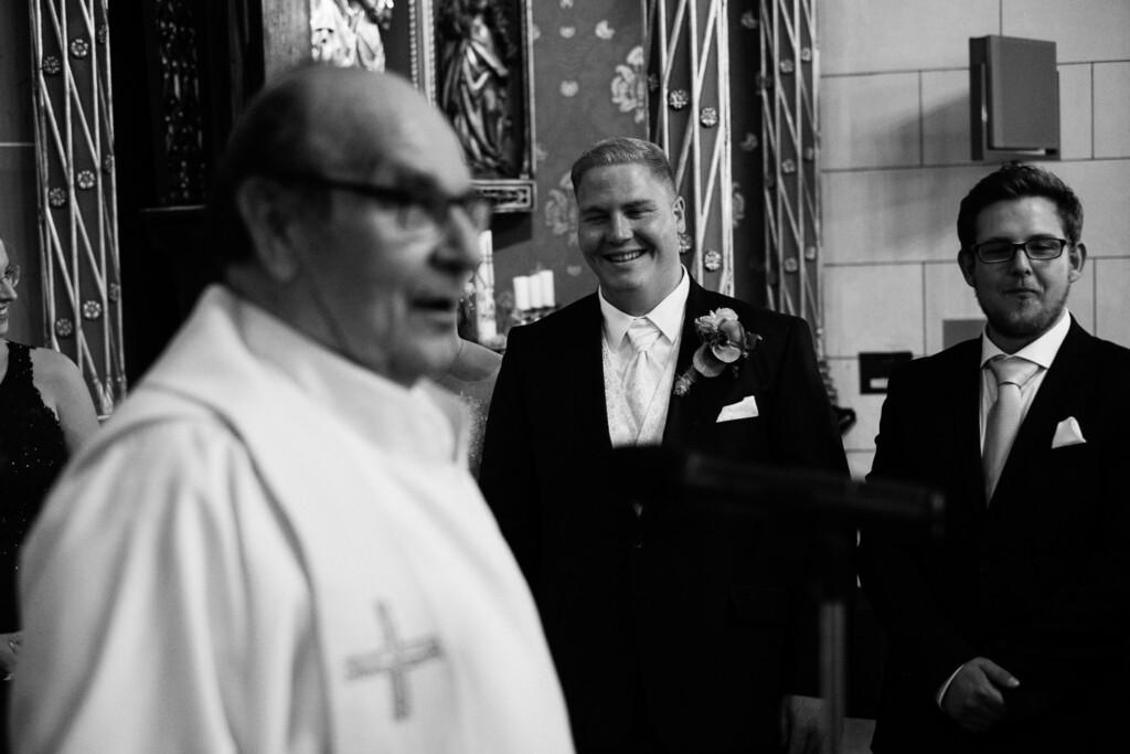 Hochzeitsfotograf Mainz Laubenheimer Höhe und Bingen Rochuskapelle Hochzeitsfotograf Mainz Laubenheimer Hoehe Kerstin Marcel Hochzeitsfotografie Bingen Rochuskappelle 37