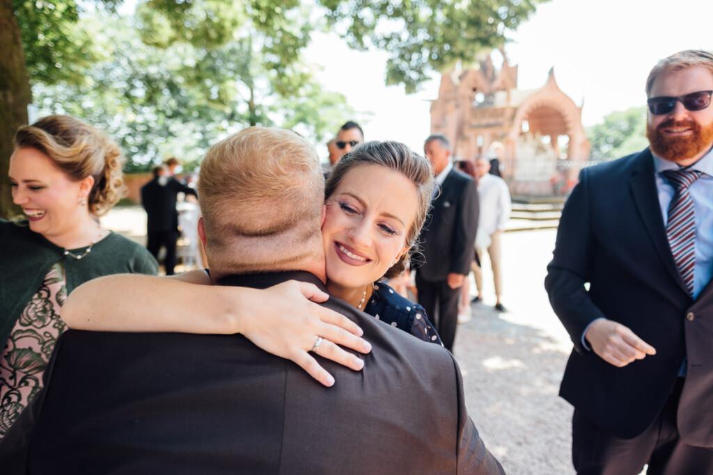 Hochzeitsfotograf Mainz Laubenheimer Höhe und Bingen Rochuskapelle Hochzeitsfotograf Mainz Laubenheimer Hoehe Kerstin Marcel Hochzeitsfotografie Bingen Rochuskappelle 45
