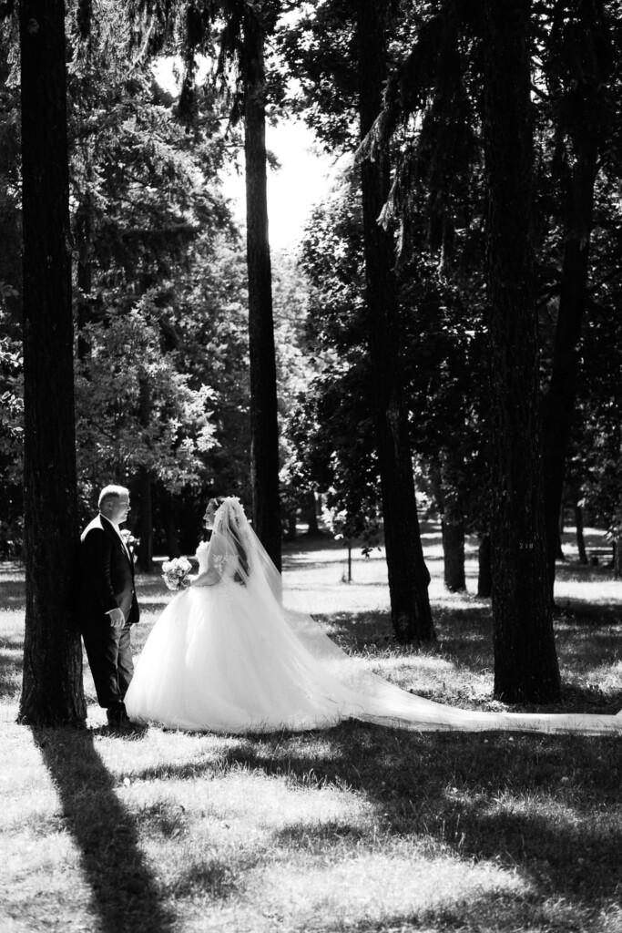 Hochzeitsfotograf Mainz Laubenheimer Höhe und Bingen Rochuskapelle Hochzeitsfotograf Mainz Laubenheimer Hoehe Kerstin Marcel Hochzeitsfotografie Bingen Rochuskappelle 53