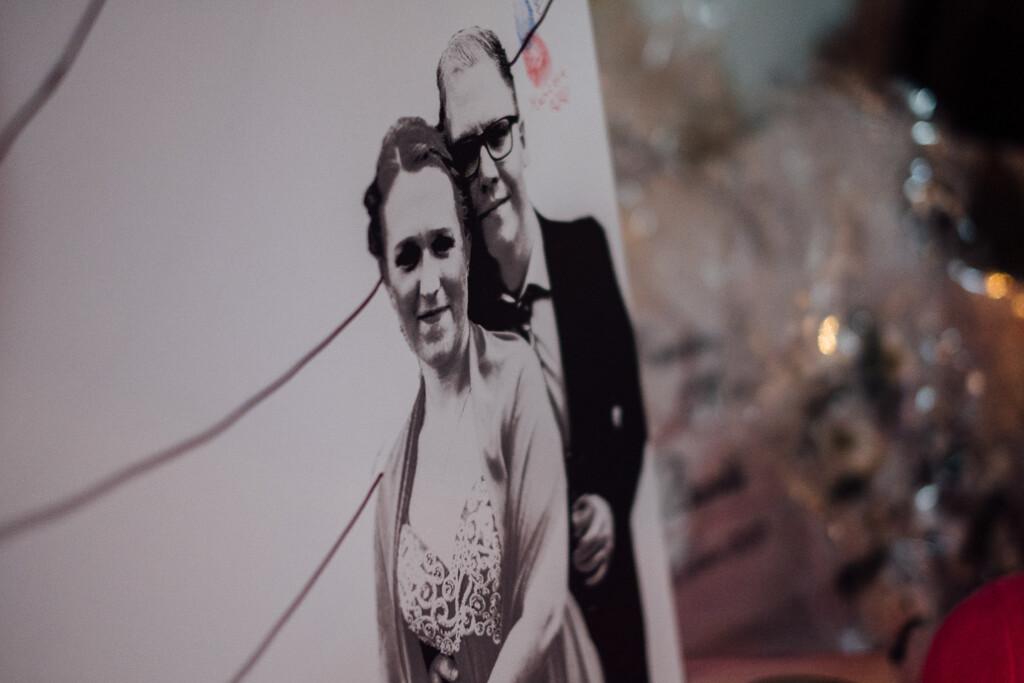 Hochzeitsfotograf Mainz Laubenheimer Höhe und Bingen Rochuskapelle Hochzeitsfotograf Mainz Laubenheimer Hoehe Kerstin Marcel Hochzeitsfotografie Bingen Rochuskappelle 66