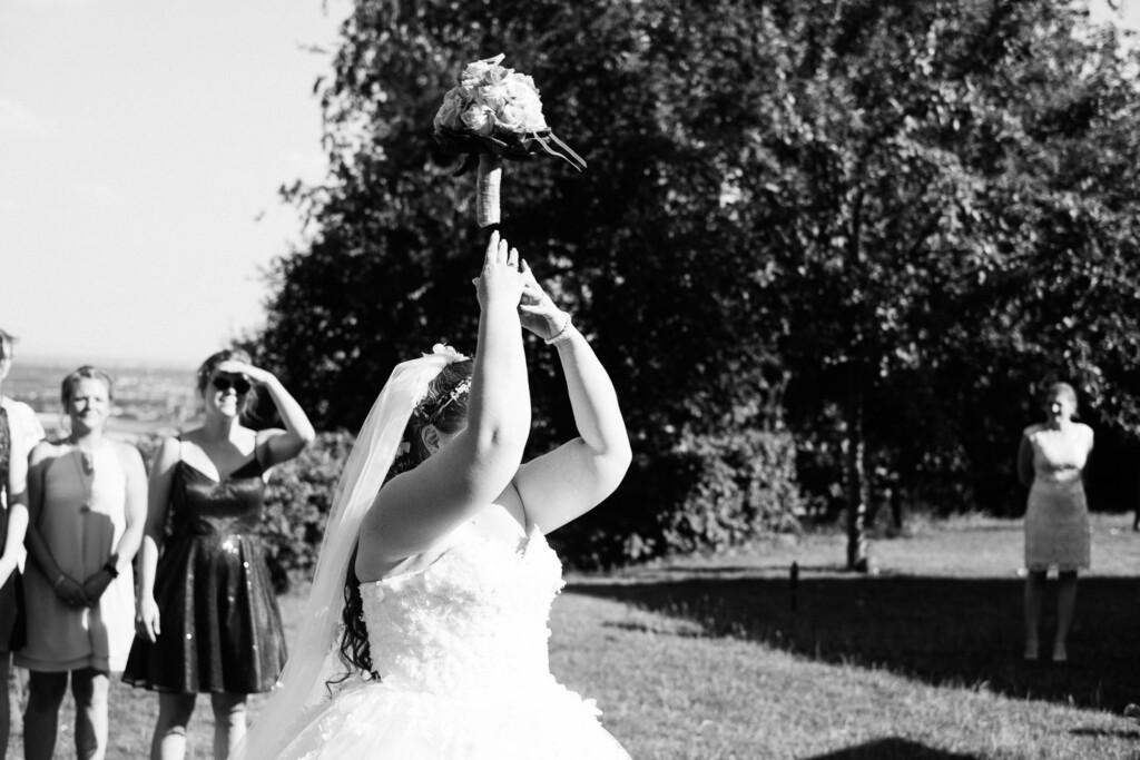 Hochzeitsfotograf Mainz Laubenheimer Höhe und Bingen Rochuskapelle Hochzeitsfotograf Mainz Laubenheimer Hoehe Kerstin Marcel Hochzeitsfotografie Bingen Rochuskappelle 71