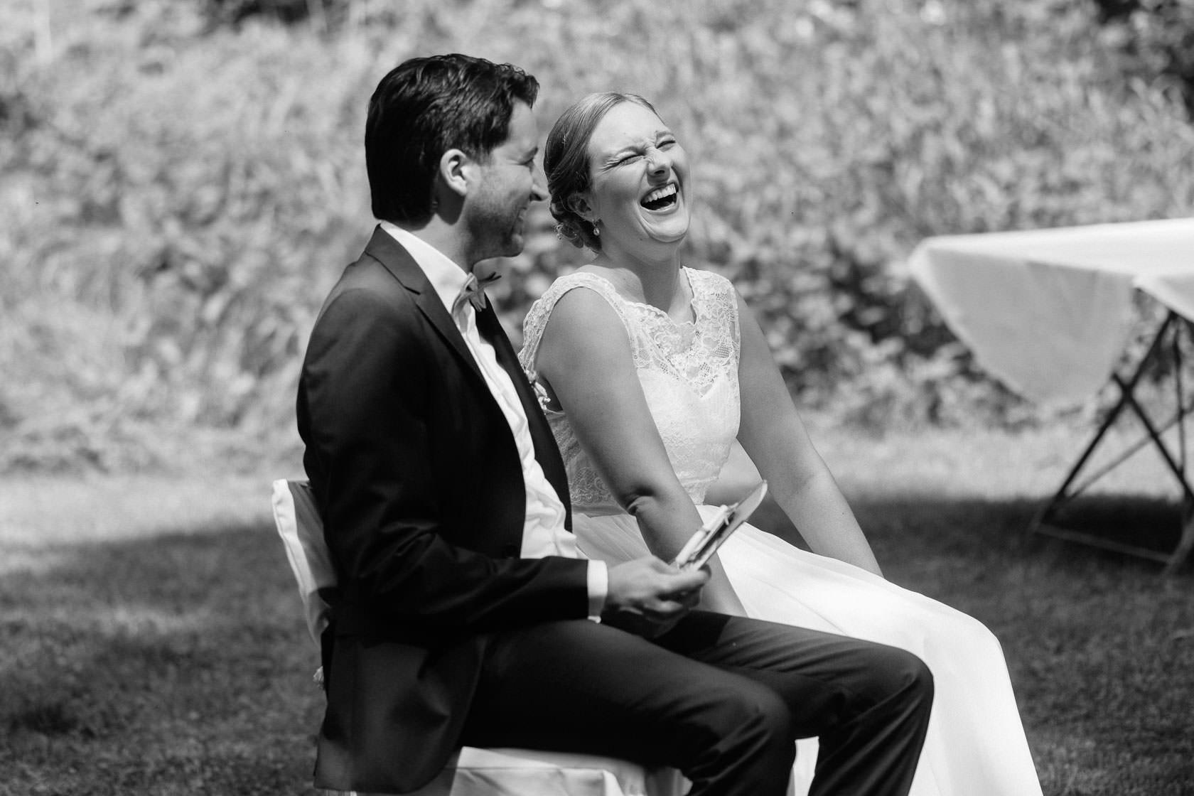 Hochzeitsfotograf Trauhochzeit in der Heidersbacher Muehle Nadine und Michael Natur Hochzeitsreportage Sommer Sonne Gewitter Freie Trauung